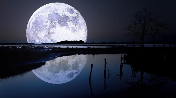 Resultado de imagen para luna gigante